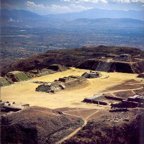 The Mysterious Flattened Mountaintop of Monte Alban, and its Ancient Pyramid City Monte-alban-plaza1