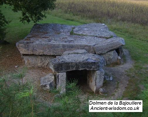 Bajoulerie dolmen - (ancient-wisdom.co.uk)