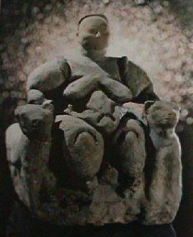 Catal Huyuk, Turkey, Earth mother. (ancient-wisdom.com)